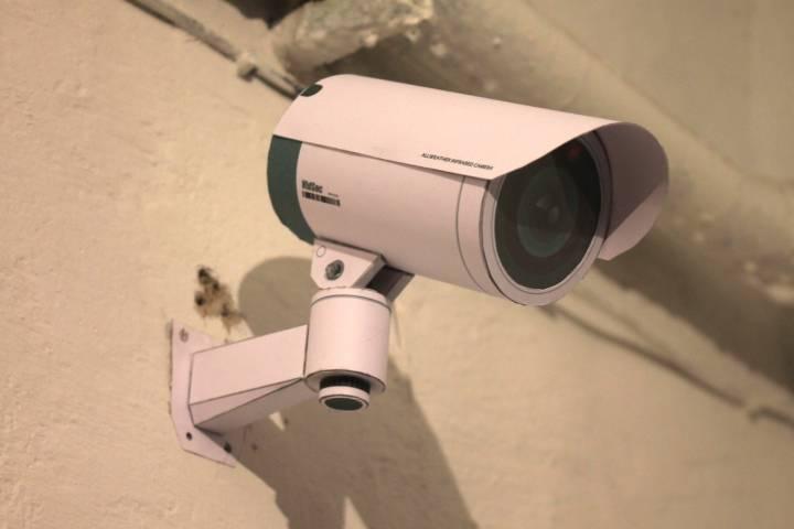 Практически 8 тыс. камер установят вподъездах домов в столице России