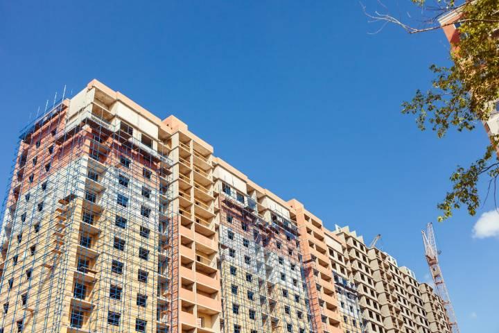 Объём частных вложений денег встроительство столицы вырос на30 процентов