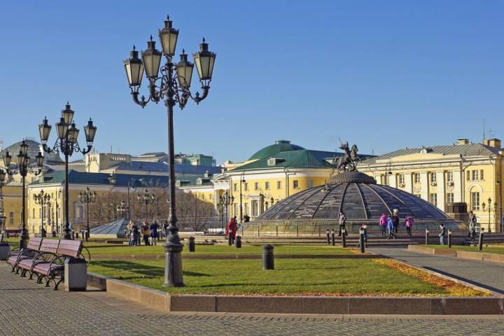 Полноценный ремонт наМанежной площади столицы проведут вмае-июне
