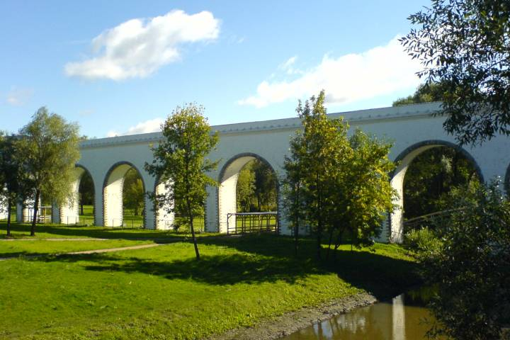 Парк уРостокинского акведука вСВАО благоустроят