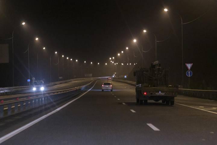 Освещение около 200км дорог запланировано вМосковской области на 2017-й год