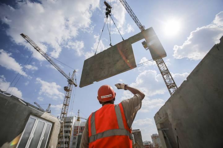 Основной спад вжилищном строительстве вРФ придется на текущий 2017 - ЦБ