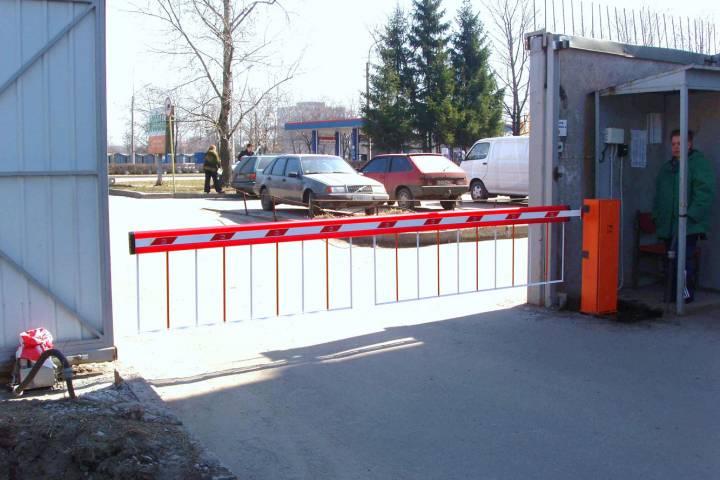 Восемь парковок появилось загод около станций Московского центрального кольца иметро