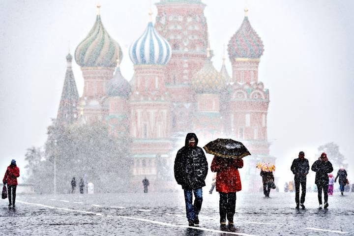 Засутки из столицы вывезли полмиллиона кубов снега